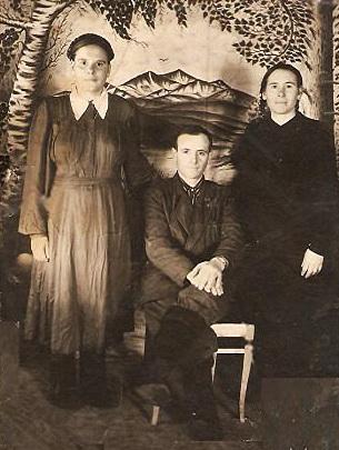 Доротея , Федор и Эмма Лангольф (дети Гермины и Фридриха )