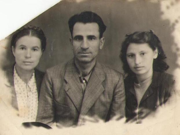 Семья Ковалевых. Николай Васильевич, жена Ульяна и племянница Мария