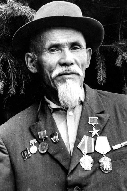 Герой Социалистического Труда Олжабай Когулбаев