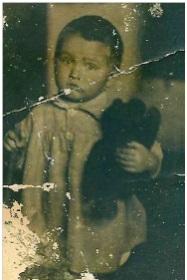 Сергей (Дмитриевич) Логановский. Умер в возрасте 4-5 лет