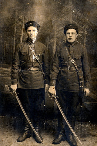 Справа - Иосиф Чернорот. Фото из альбома Натальи Шифриной