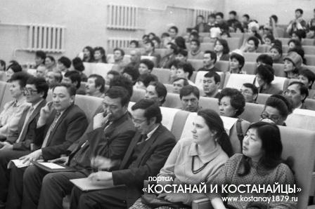 В школе имени Алтынсарина