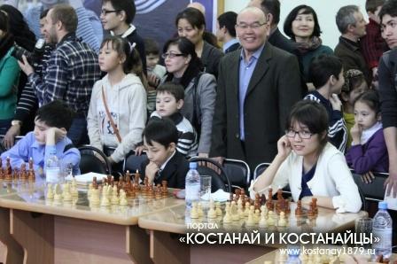 Сеанс одновременной игры на 15 досках чемпиона мира Анатолия Карпова