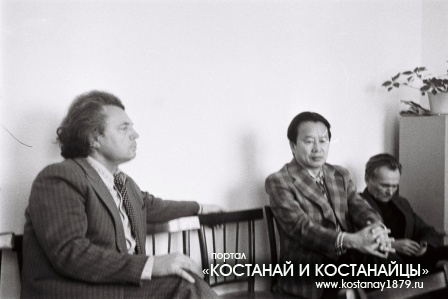 В редакции Ленинского пути