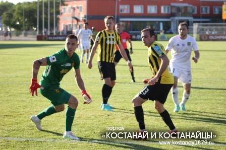 Руслан Валиуллин забивает гол