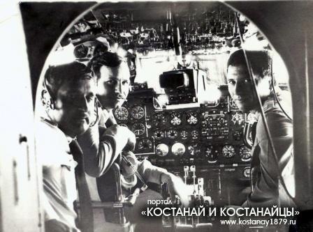 Командир АЭ В.Кудрявцев, квс Н.Денисов и штурман ЛО И.Нейман
