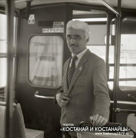 Водитель автобуса Бейсенов Туяк Бейсенович