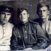 Визер Алексей Аксентьевич (справа)