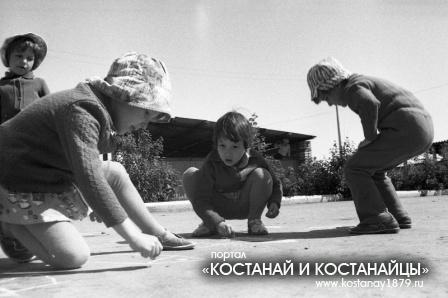 В детстком саду Фиалка